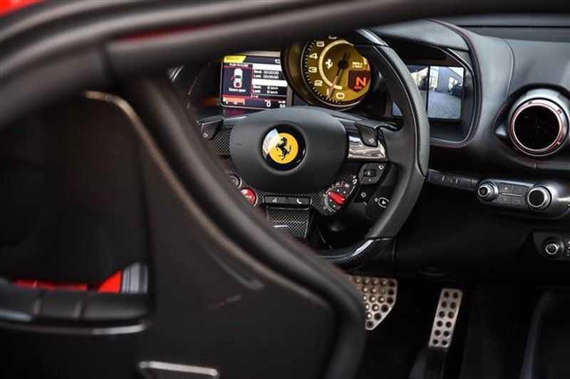 Ferrari 812 SUPERFAST LIFT+CARBON SEAT+PASS.DISPLAY+LED STUUR afbeelding 9