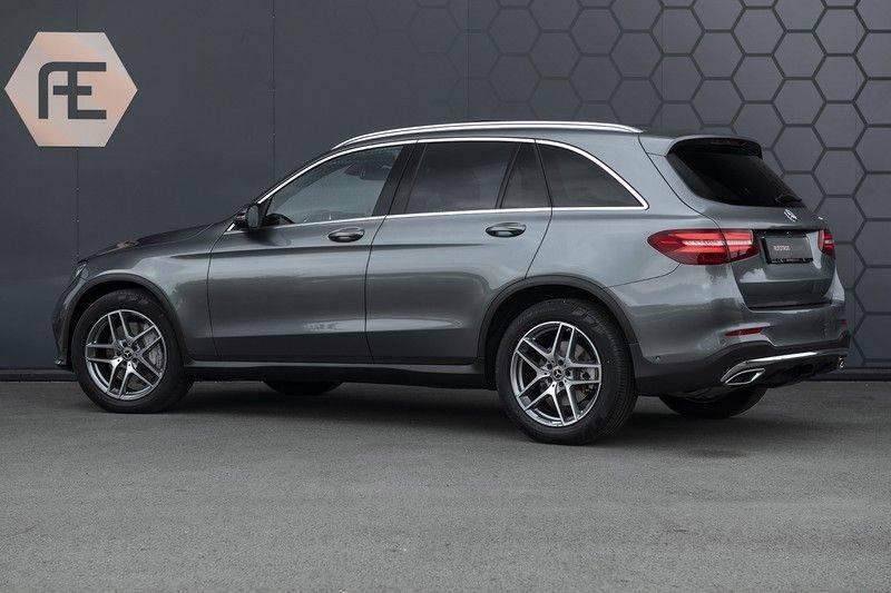 Mercedes-Benz GLC 350d AMG 4MATIC Premium Plus GLC Apple CarPlay + Verwarmde stoelen + Elektrische trekhaak + Panorama Dak afbeelding 6