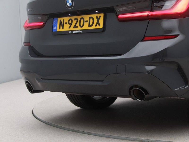 BMW 3 Serie 330Xe Touring High Exe M-Sport Hybrid afbeelding 20