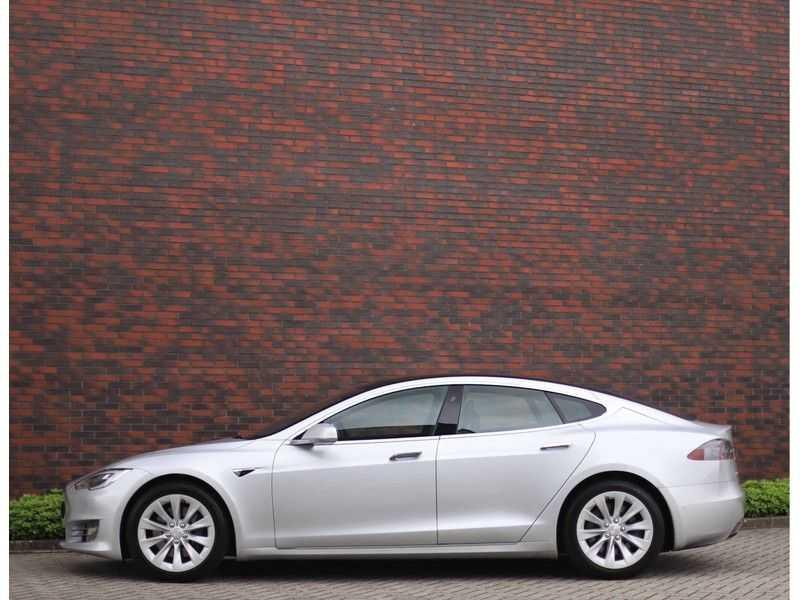 Tesla Model S 75D Base *4% t/m 06-'23*5-persoons*AutoPilot* afbeelding 17