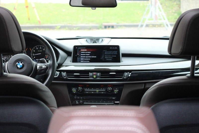 BMW X5 xDrive50i High Executive Pan.dak, Surr. view afbeelding 14