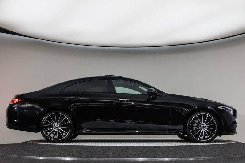 "Mercedes-Benz CLS-Klasse CLS450 AMG 367pk 4Matic Schuifdak Nightpakket Widescreen DistronicPlus Burmester SuperSportStuur Luchtvering Multibeam Keyless ComandOnline AmbientLight DAB Parktronic 20""AMG 360Camera Pdc 10/2018 afbeelding 11"