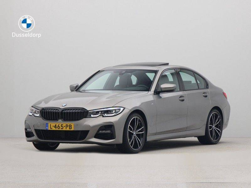 BMW 3 Serie Sedan 320i High Executive M-Sport Automaat afbeelding 1