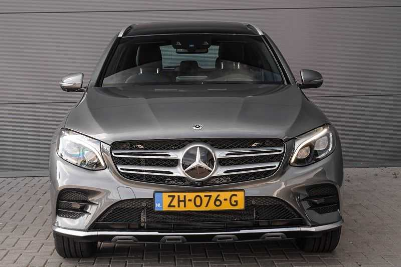 Mercedes-Benz GLC 250 4MATIC Sport Edition AMG Pano Trekhaak Camera 360° afbeelding 8