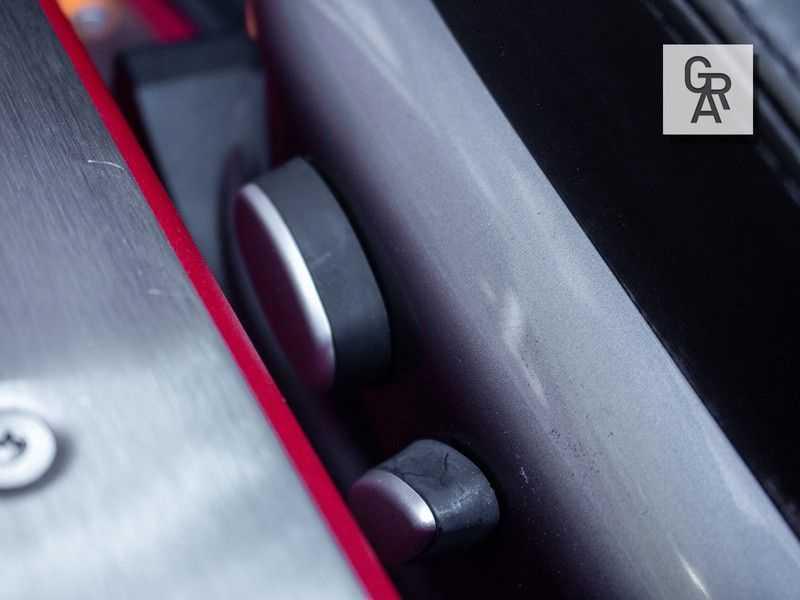 BMW Z8 | Rood leder | Origineel | Concours staat afbeelding 18