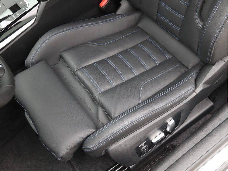 BMW 4 Serie Coupé 430i High Exe M-Sport Aut. afbeelding 16