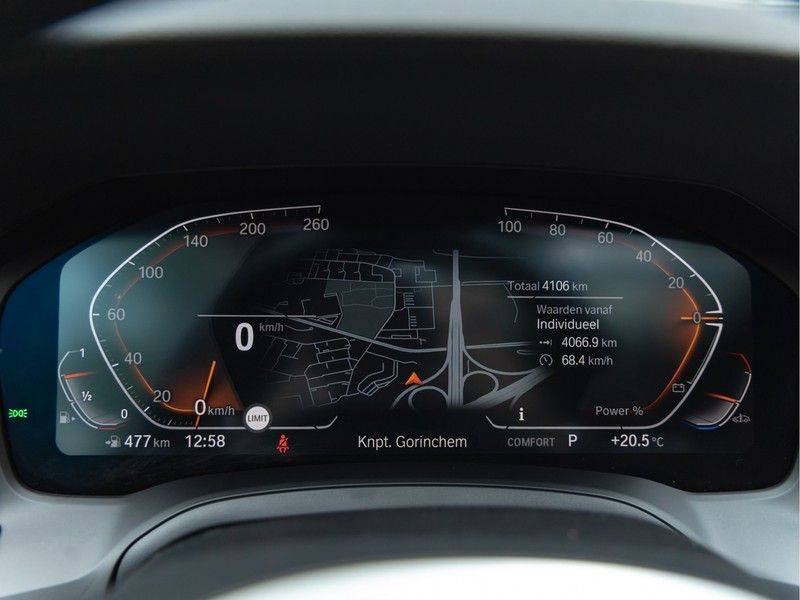 BMW 3 Serie Touring 330i M-Sport - Individual - Memoryzetel - Panorama - Trekhaak afbeelding 23