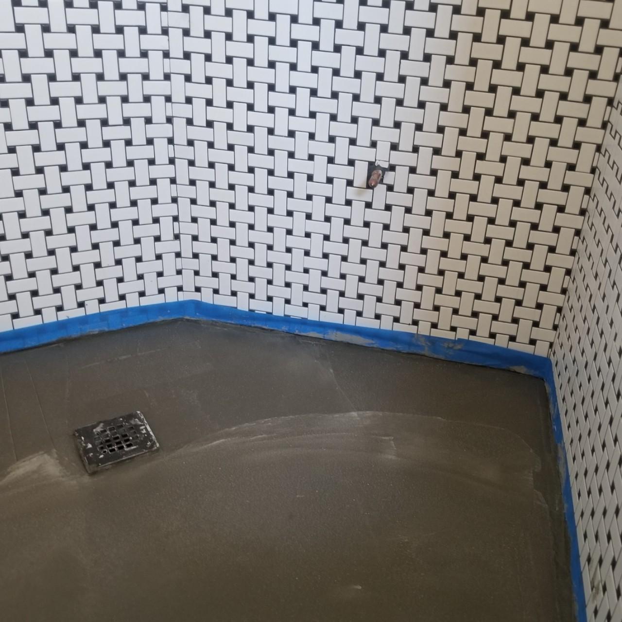 tiling-custom-bathtub-shower-tiles--tiling-03