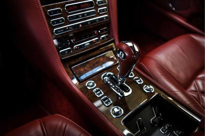 Bentley Arnage 6.8 V8 T (recent voor 20.000,- onderhouden) afbeelding 24