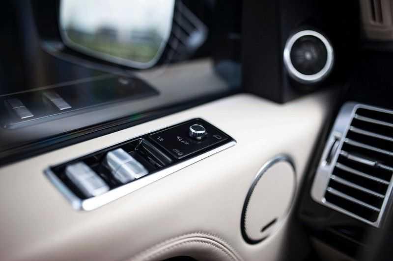 "Land Rover Range Rover P400e Autobiography *Pano / Massage / Meridian / Topview / 22"" / Koelvak* afbeelding 23"
