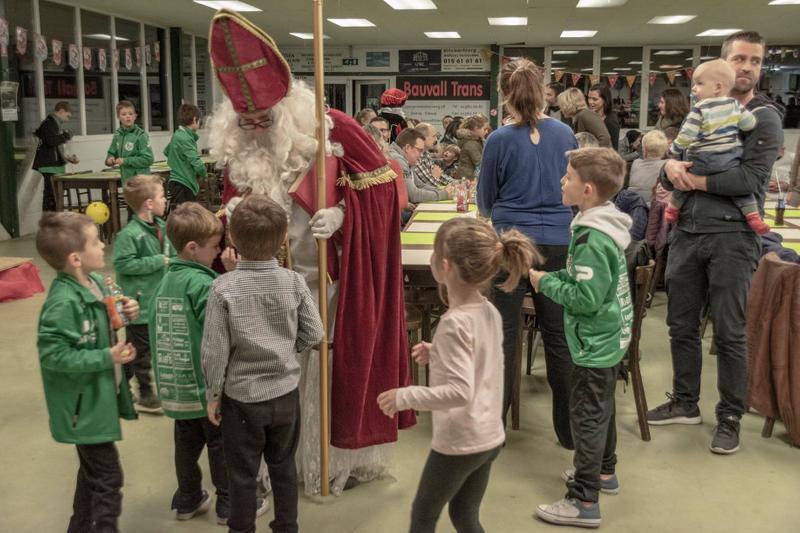 Sinterklaas op bezoek bij KCVV Elewijt