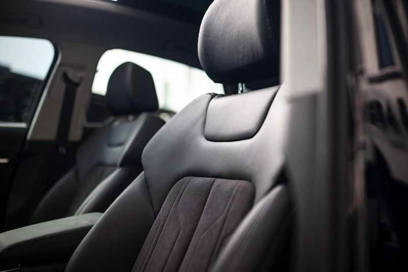 "Audi e-tron Sportback 50 Quattro S Edition *Pano / HUD / 21"" / Stad Pakket / DAB* afbeelding 22"