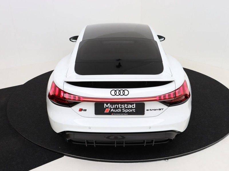 Audi e-tron GT RS   Stoelventilatie/Massage   Head-Up   Carbon   Matrix LED   360 Camera   Nachtzicht   afbeelding 16