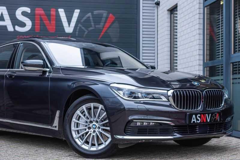 BMW 7 Serie 750i xDrive High Executive, 450 PK, Schuifdak, Gesture Control, Display/Key, Massage, Head/Up, Surround view, 56DKM!! afbeelding 23
