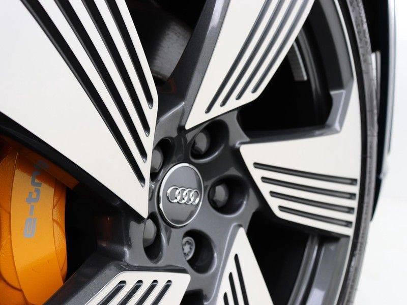 Audi e-tron 55 Quattro Incl. BTW | +/- €130 netto bijtelling| Camerabeeld spiegels | Adapt. Cruise | NAVI | Head-Up Display | 21 Inch | Matrix LED | 360 Camera | B&O | DAB | Keyless-Entry | Pano-Dak | afbeelding 14