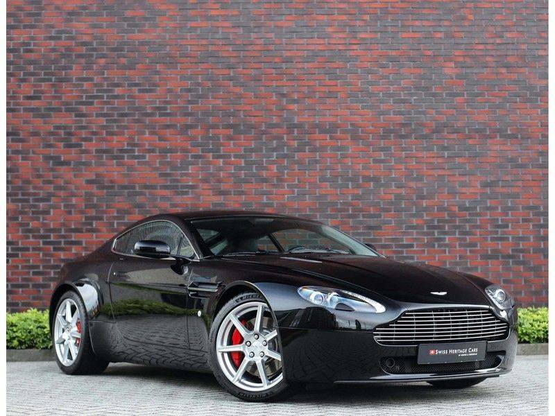 Aston Martin V8 Vantage 4.3 V8 *Handgeschakeld*Cruise Control*Youngtimer!* afbeelding 1