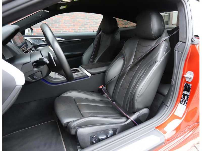 BMW 8 Serie M850i xDrive *Carbon*Soft-Close*Head-Up* afbeelding 24