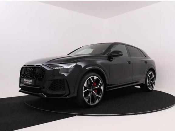 Audi RSQ8 4.0 TFSI 600 pk RS Q8 quattro   Pano.Dak   Carbon   Trekhaak   Keyless-Entry   360Camera   B&O Sound   Alcantara  