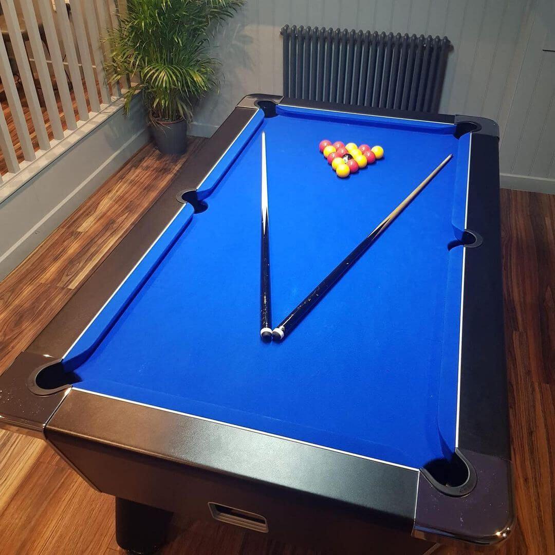 Junction meanwood pool table
