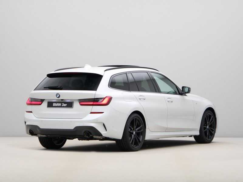 BMW 3 Serie Touring 318i Exe M-Sport Aut. afbeelding 7