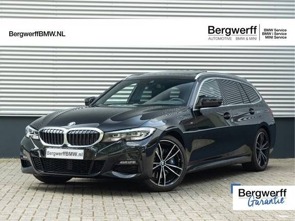 BMW 3 Serie Touring 330i M-Sport - Panorama - Trekhaak - Camera - Harman Kardon