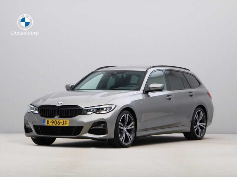 BMW 3 Serie Touring 318i Executive Model M Sport afbeelding 1