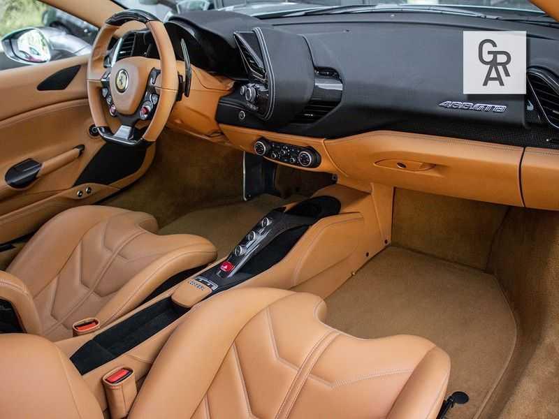 Ferrari 488 3.9 GTB HELE afbeelding 2