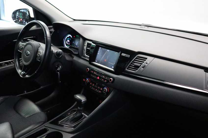 """Kia Niro 1.6 GDi Hybrid Edition Navigatie Cruise Control Camera 18""""LM *tot 24 maanden garantie (*vraag naar de voorwaarden) afbeelding 11"""