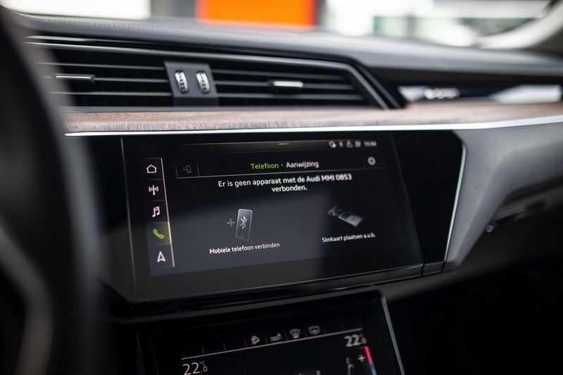 "Audi e-tron 55 Quattro *4% Bijtelling / Massage / HUD / Pano / 21"" / Hulppakket Stad & Tour* afbeelding 17"