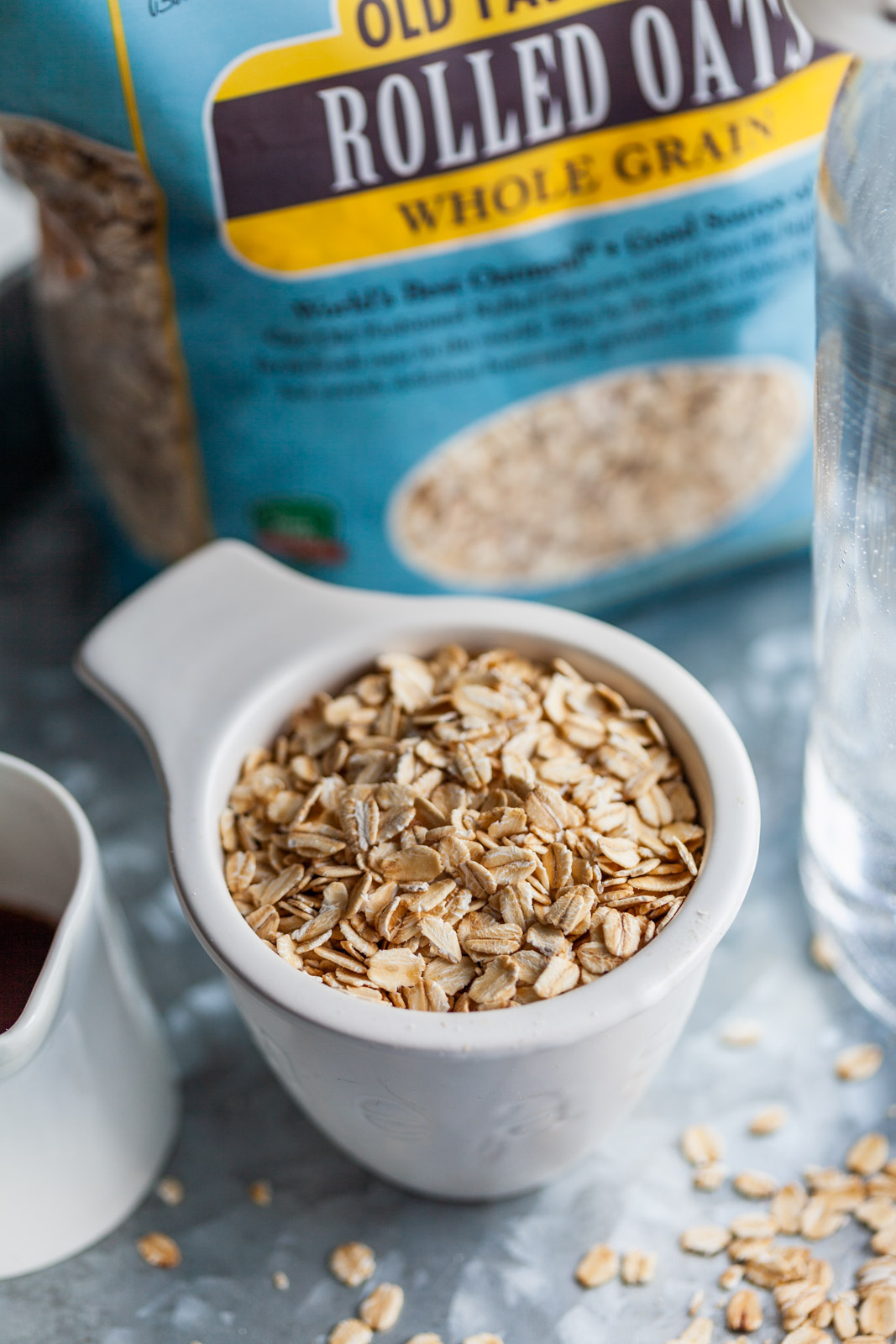 Quick and Easy Homemade Oatmilk