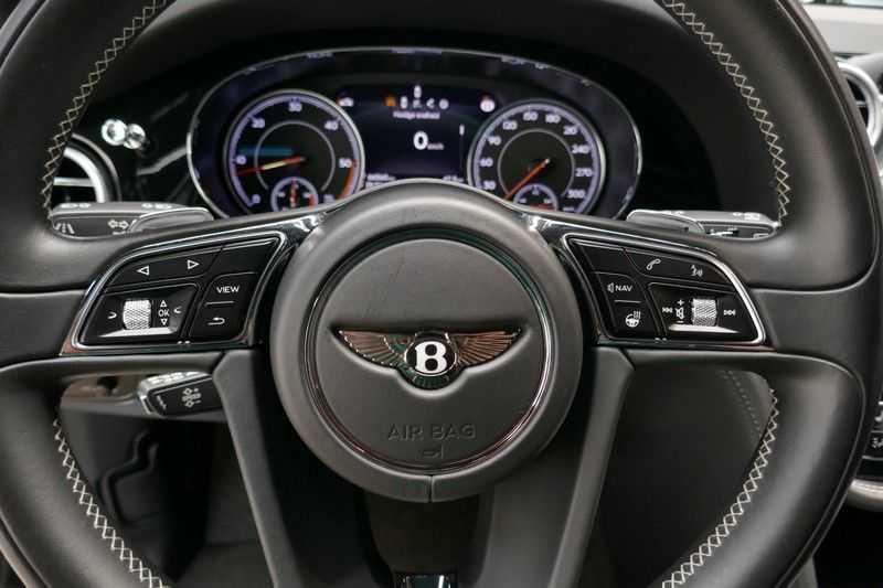 Bentley Bentayga 4.0 D Massage stoelen - Panorama - Trekhaak afbeelding 16