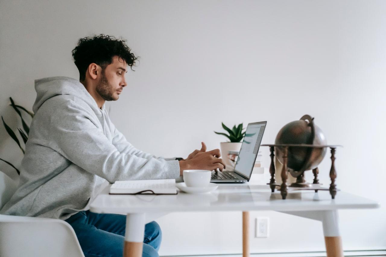 Plano de carreira para vendedores: como atrair talentos e melhorar os resultados