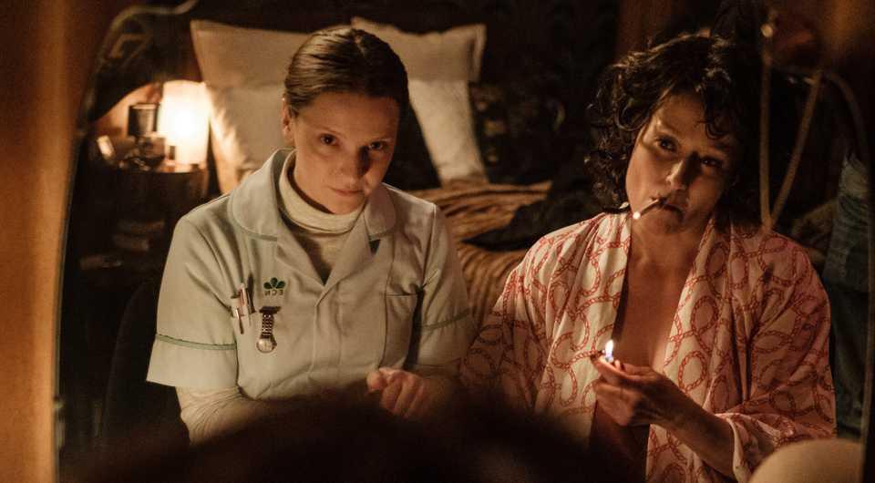 Morphydd Clark and Jennifer Ehle in Saint Maud