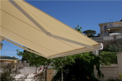 Brasilia Slime Retractable Awning