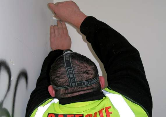 Construction site alarm fitting