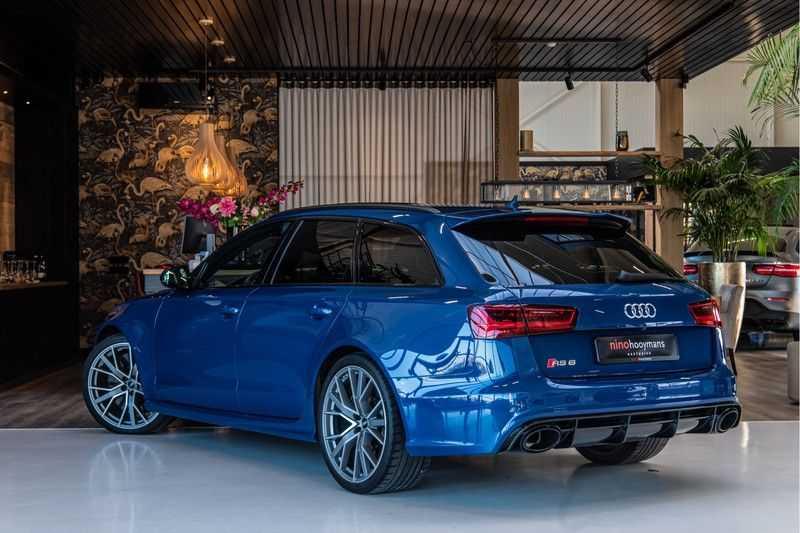 Audi RS6 Avant 4.0 TFSI quattro Performance   Ceramic   B&O   Head-up Display   Panorama   Milltek uitlaatsysteem afbeelding 3