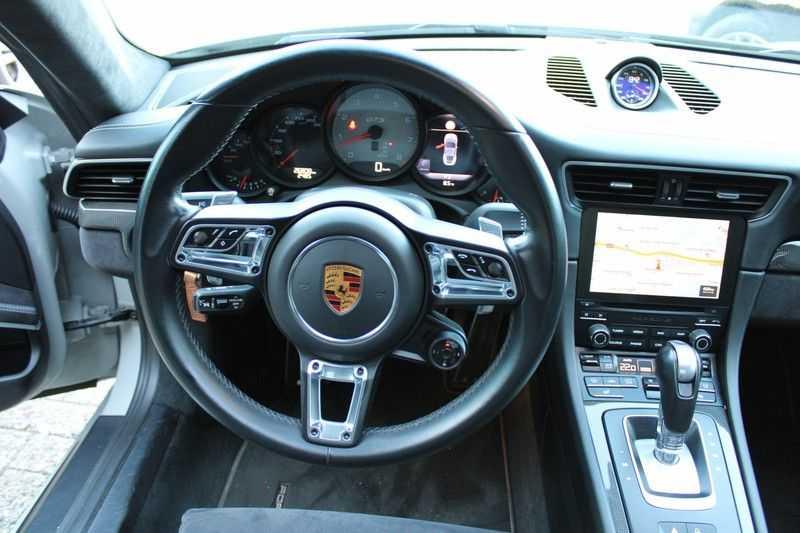 Porsche 911 3.0 Carrera 4 GTS afbeelding 4