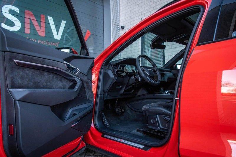 Audi e-tron 55 Quattro Advanced Exterieur, 408 PK, 4% bijtelling, Head/Up display, Pano/Dak, Night/Vision, S-line interieur, 15DKM afbeelding 4