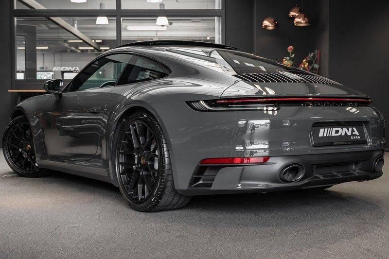 Porsche 911 992 4S PTS Schieffer Grau Slate Grey Sport Design Pakket 930 Leder vol Carbon 3.0 Carrera 4 S afbeelding 4