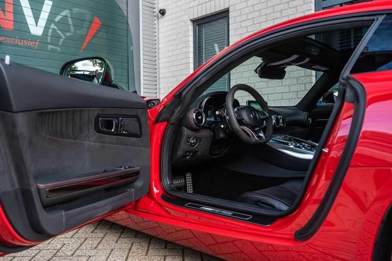 Mercedes-Benz AMG GT 4.0 S, 510 PK, Sportuitlaat, AMG Dynamic Plus, Keramiek, Schaalstoelen, DAB, Carbon, Pano/Dak, UNIEK!! afbeelding 8