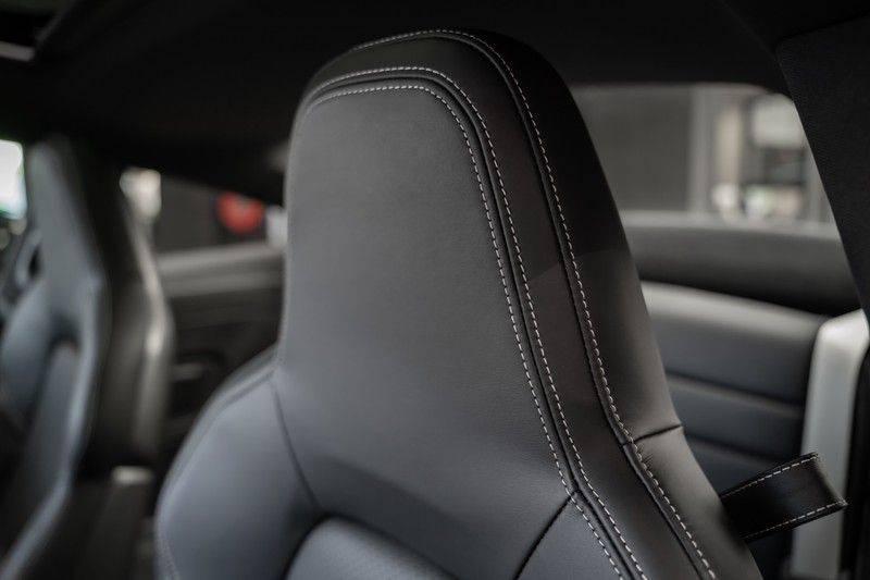 Porsche 911 992 S Krijt Sport Design Pakket 18 weg Bose Sport Chrono 3.0 Carrera S afbeelding 23