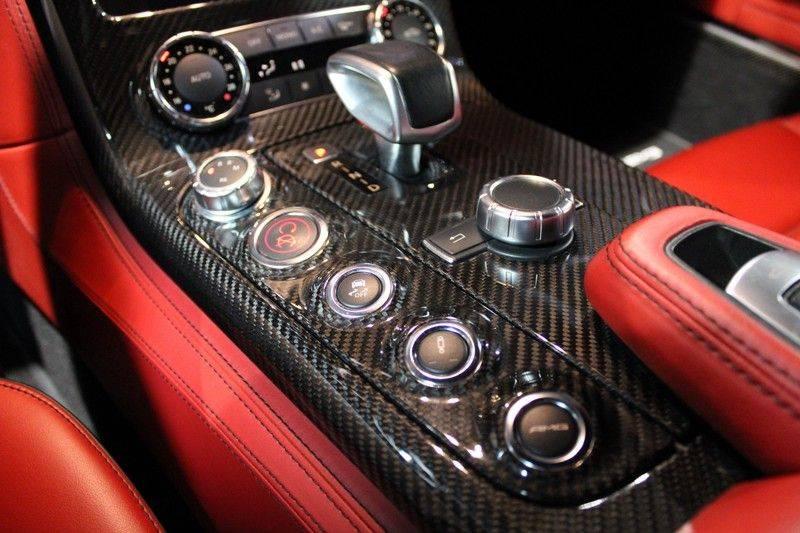Mercedes-Benz SLS Roadster 6.3 AMG Carbon in/exterieur, B&O afbeelding 8