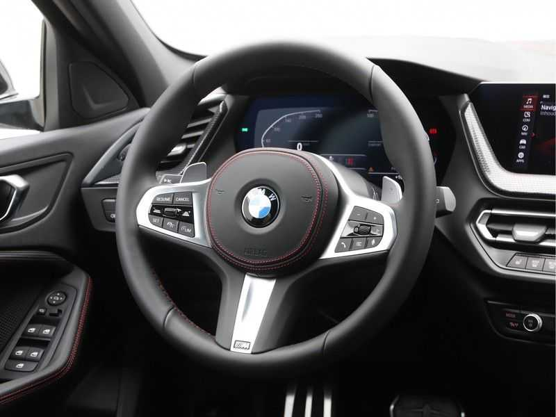 BMW 1 Serie 128ti High Exe Aut. 266 pk afbeelding 11