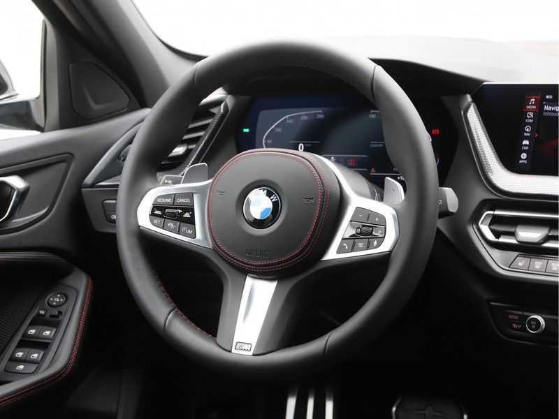 BMW 1 Serie 128ti High Exe Aut. 266 pk afbeelding 7