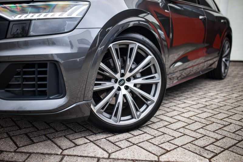 """Audi Q8 50 TDI Quattro *S-line / 23"""" / Panorama / Matrix-LED / Standkachel* afbeelding 24"""