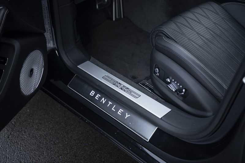 Bentley Flying Spur 6.0 W12 FIRST EDITION MY 2021 NAIM + Mulliner + Touring Spec + Head-Up + Bentley Rotating Display + Onyx Pearl / Beluga + Full Option + afbeelding 25