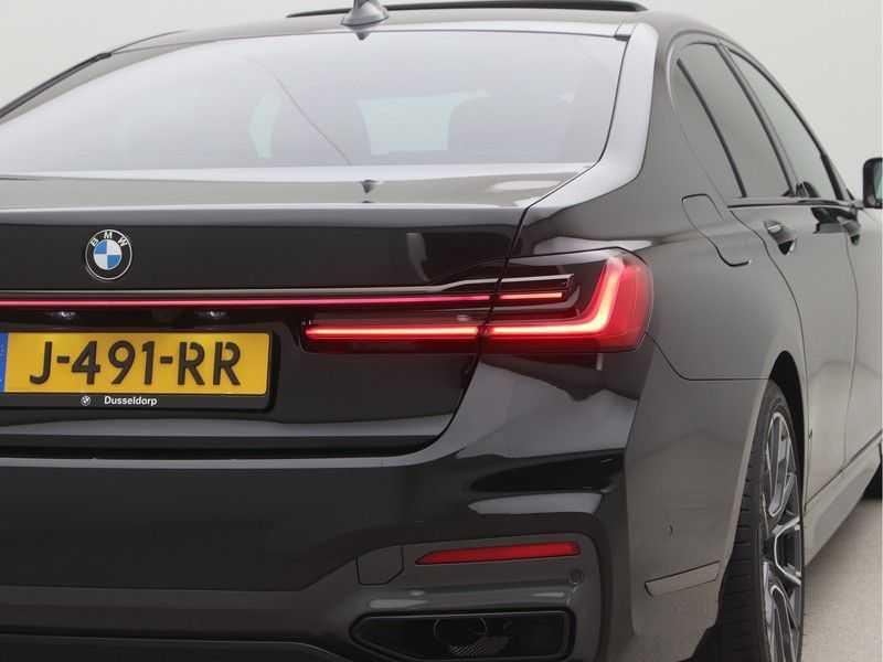 BMW 7 Serie 745e M Sport High Executive BEZICHTIGING OP AFSPRAAK afbeelding 25