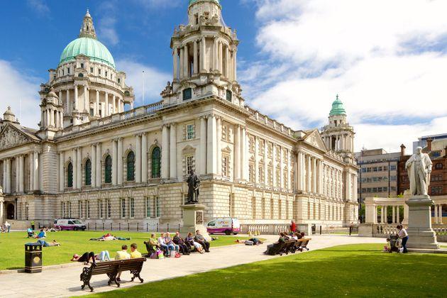 Chauffeur Me Tour Location - Belfast City Hall