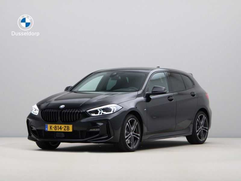 BMW 1 Serie 120i High Exe M-Sport Aut. afbeelding 1