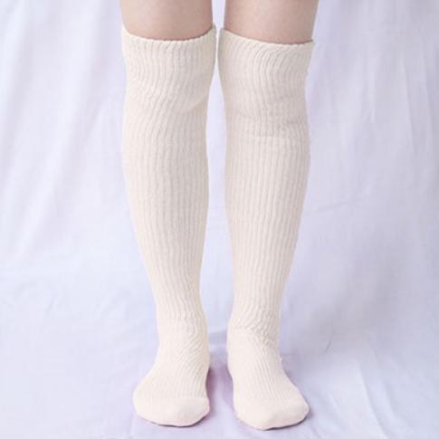 肌側シルクうるおい二重編靴下3